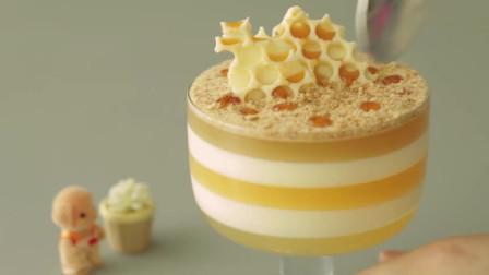 蜂蜜芝士蛋糕 免烤 无明胶 渐变分层 蜂巢融化在口 甜在心
