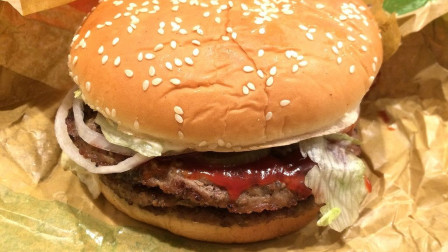 """比尔盖茨投资的""""人造肉汉堡"""",素食者也可以吃,是什么材料做的?"""