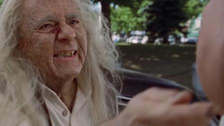 """胖哥和老婆过分投入""""开车"""",误撞一位老妇,惨遭诅咒""""瘦到"""""""