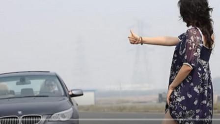 """为何川藏穷游女都喜欢穿""""裙子""""?来听听老司机给出的答案!"""