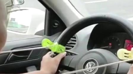 科目二上车学员总找不到方向感?何时车轮回正这样看就明白