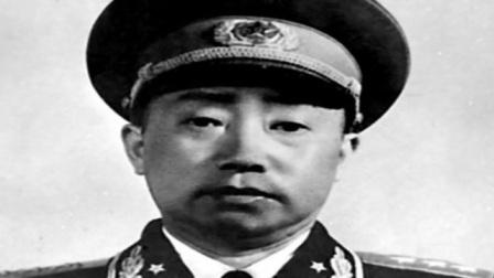 此人是开国上将,官至副国级,回乡办事因穿着朴素,被县长大骂!