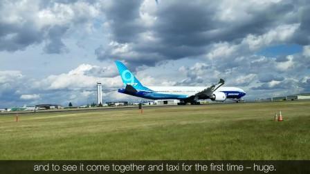 科技与军事:Boeing波音777X__首次跑道滑行测试