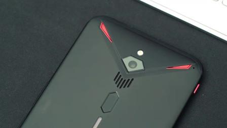 手机也自带风扇了,专业游戏手机风力强劲能当抽烟机