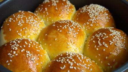 面包新做法,加上牛奶和紫薯,简单一做,香甜松软,孩子最爱吃