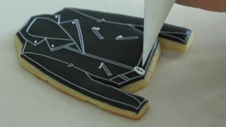 可爱的衣服版饼干绘制教程,制作过程像画画一样,好玩又美味!