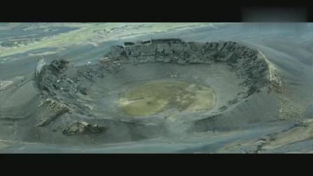 一部超级科幻片,人类动用核武,抵抗外星入侵,胜利却痛失家园