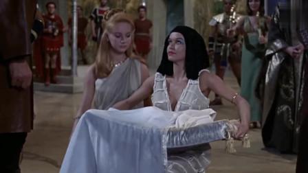 埃及艳后:艳后连生孩子都这么霸气,不愧是女王,我服了!