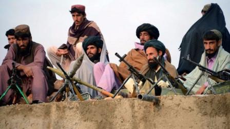 谈判再度破裂!塔利班武装强势发动袭击,美军特种兵惨遭暗杀