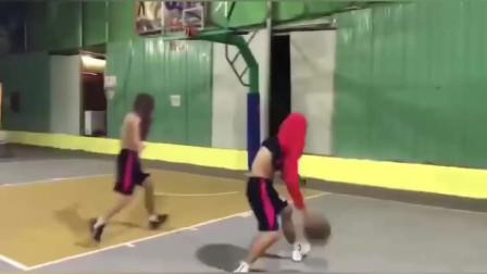 没想到单挑还能这么玩?说说你那些年打过的疯狂篮球?
