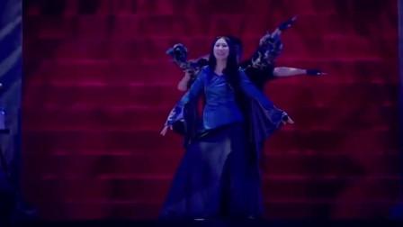 超燃现场!高桥洋子《新世纪福音战士》主题曲,观众整齐的可怕!