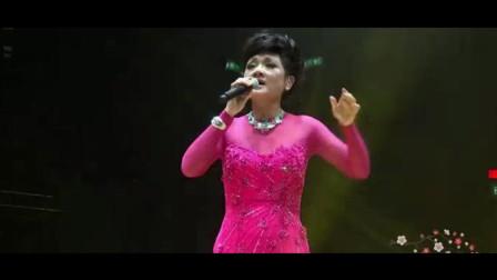 60岁高龄叶丽仪再唱《上海滩》,一开口照样美不胜收,全场沸腾