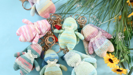 毛儿手作-蕾丝兔子挂件新手视频教程毛线时尚编织