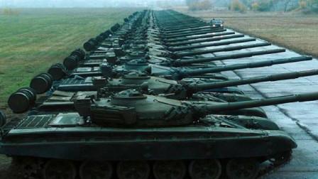 这部超级战争巨制出动了大量真实坦克和3000多把AK47,真强