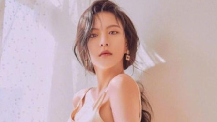 韩国女演员李烈音泰国捕食巨型蛤蜊 或将判刑5年