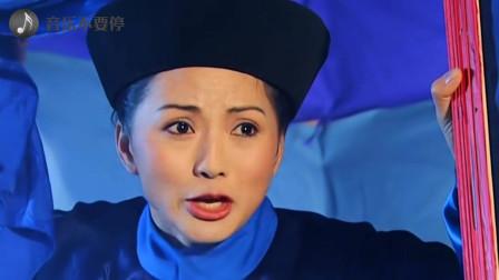 一首《你是风儿我是沙》:香妃与蒙丹的爱恋