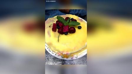 芒果红心火龙果双拼千层蛋糕, 非常好吃