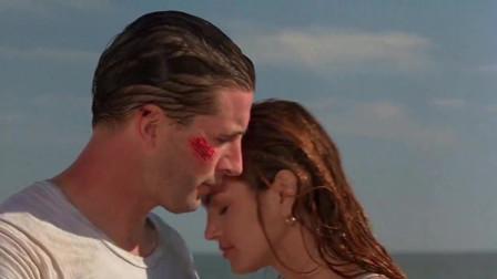 小伙舍身救了美女,女孩为了报答男子,在码头深情亲吻小伙