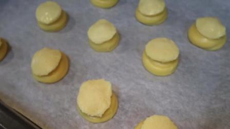 超多馅的榴莲酥皮泡芙,咬一口酥掉渣!