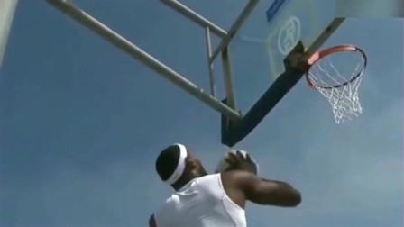 詹姆斯街头打球,我是打国际比赛的,不是杂技团的,怒丢篮球