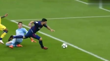简直是戏精上身!足球比赛中让人苦笑不得的假摔瞬间