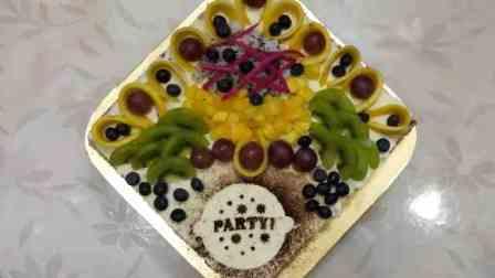 害怕添加剂,她自制蛋糕为女儿庆生