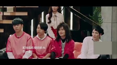 此人17岁流浪,28岁被刘欢赏识,31岁一首民谣歌曲爆红全国