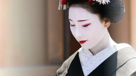 日本的传统舞者吸引了大量游客  培训原来如此严格