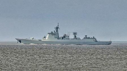 """扬眉吐气!中国""""过气军舰""""052C造访他国,引众多大国围观"""