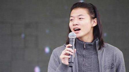 霍尊翻唱《北京一夜》,国风元素的演绎,唱出不同韵味!