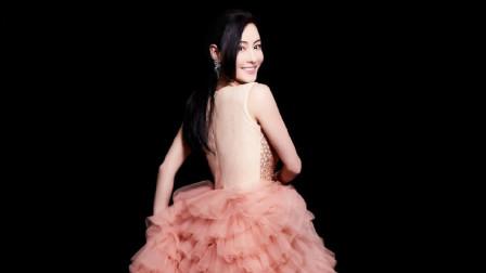 39岁张柏芝大片表现力不输年轻女星,粉色蛋糕裙再现巅峰颜值