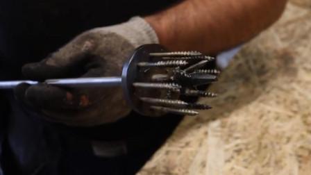 """老外制作一把小工具,这不就是""""手工耿""""的翻版吗"""