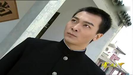 霍元甲:陈真学会了迷踪拳后和霍元甲对打,仍然5招就被霍元甲打败了!