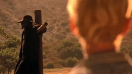 血的教训告诉你:千万离路边的稻草人远点,太诡异了!
