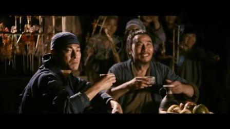 能打的人果然能吃,赵云看着身材这么好,却用这么大碗吃饭