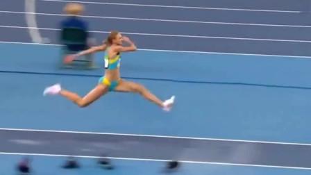 外国女子三级跳,起跳仿佛起飞,15米夺冠!