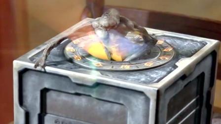 男子无意打开潘多拉魔盒,放出一只人异兽,瞬间秒掉人类