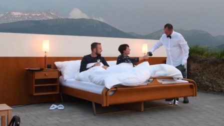 三个奇葩酒店,建在悬崖峭壁上,第二个只有一张床