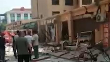 河北东光县发生 半条街受到冲击