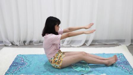 一个快速瘦肚子的动作每天呼吸抬手3分钟还能练手臂