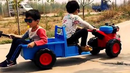 儿子的新玩具车,竟然还能拉个人,真是小瞧他了