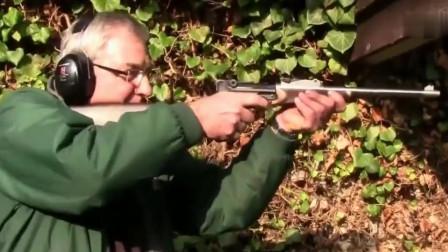 手枪一秒变步枪,在加个狙击镜就是小型的狙击步枪
