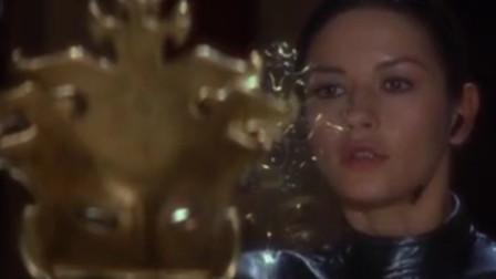 被遗忘的经典罪电影《偷天陷阱》,老牌男神肖恩康奈利与性感美女泽塔琼斯的故事