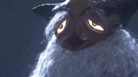 两只眼睛怪兽一直盯着人家看,靠斗鸡眼打赢奥特曼变身的怪兽