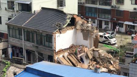 突发!宁波一民房内煤气泄露致闪爆 2层民房倒塌埋2人