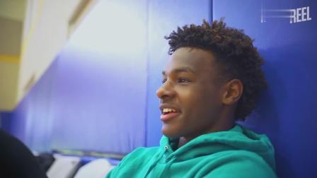 最新布朗尼詹姆斯日常训练和比赛Vlog,校园篮球氛围是真的好!
