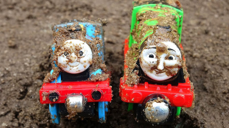 托马斯和他的朋友们儿童玩具视频第18期 和朋友们在沙滩上