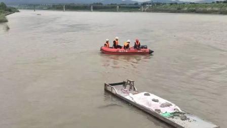 男子将亲生儿子丢入江中 谎称因惊吓失手被刑拘