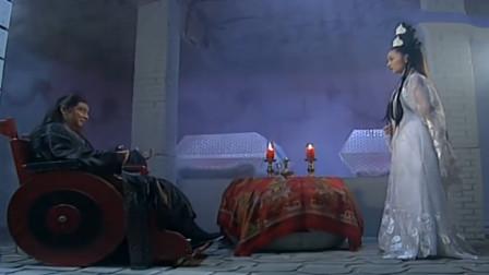 万斤重的石门,邀月宫主狂轰乱炸武功再高也打不开,这人的机关厉害了