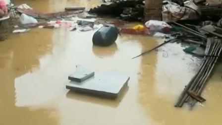 洪水围村 消防紧急转移被困人员 晚间新闻 20190715 高清版